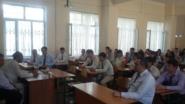 """Qurilishni boshqarish"""" fakulteti 31-16 QMo' guruh talabalari bilan """"Ustoz-otangdek o'lug'"""" mavzusida o'tkazilgan tadbir"""