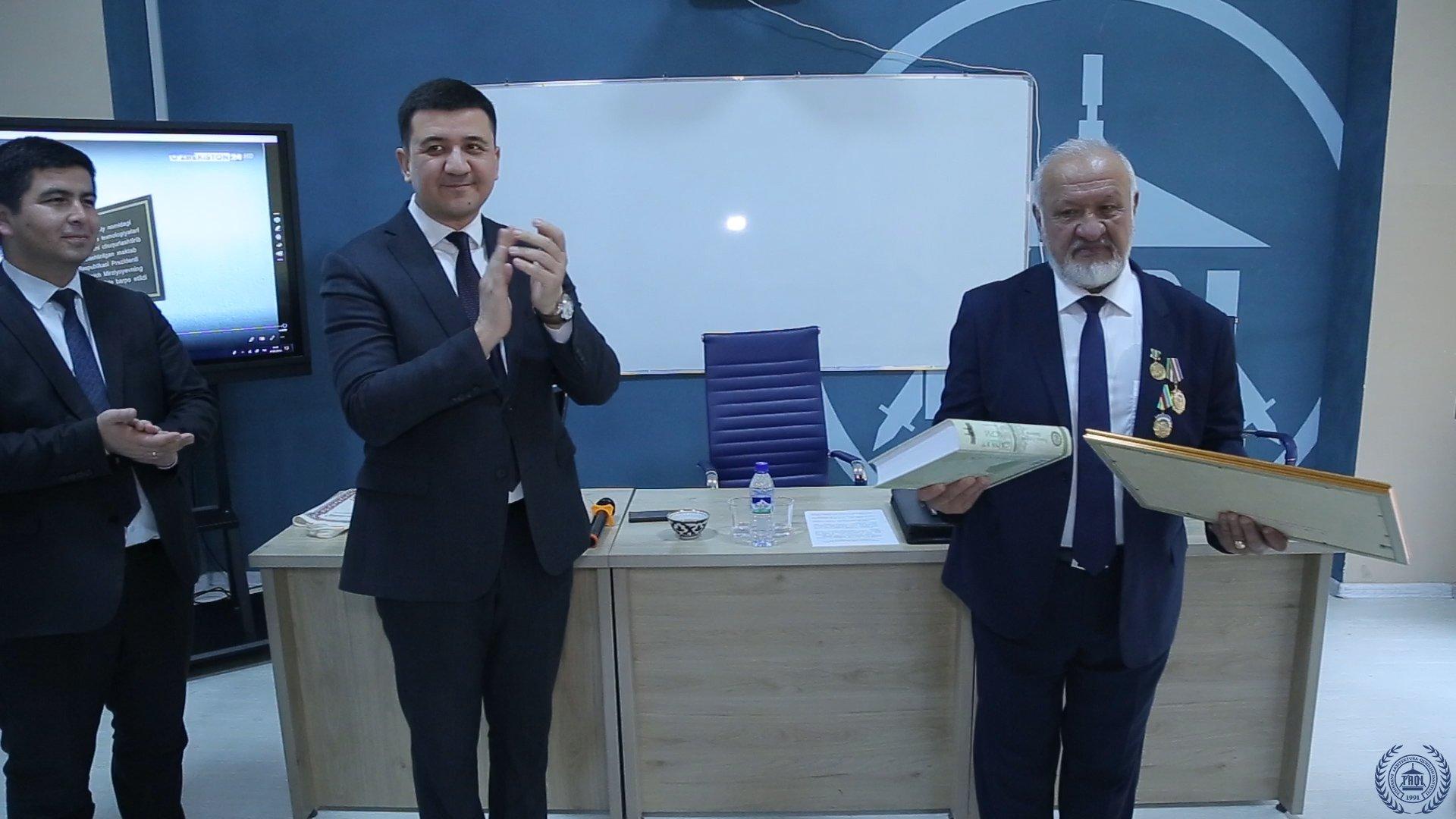 """24-yanvar kuni Erkin Komilov ishtirokida """"Rektor va yoshlar"""" uchrashuvi o'tkazildi"""
